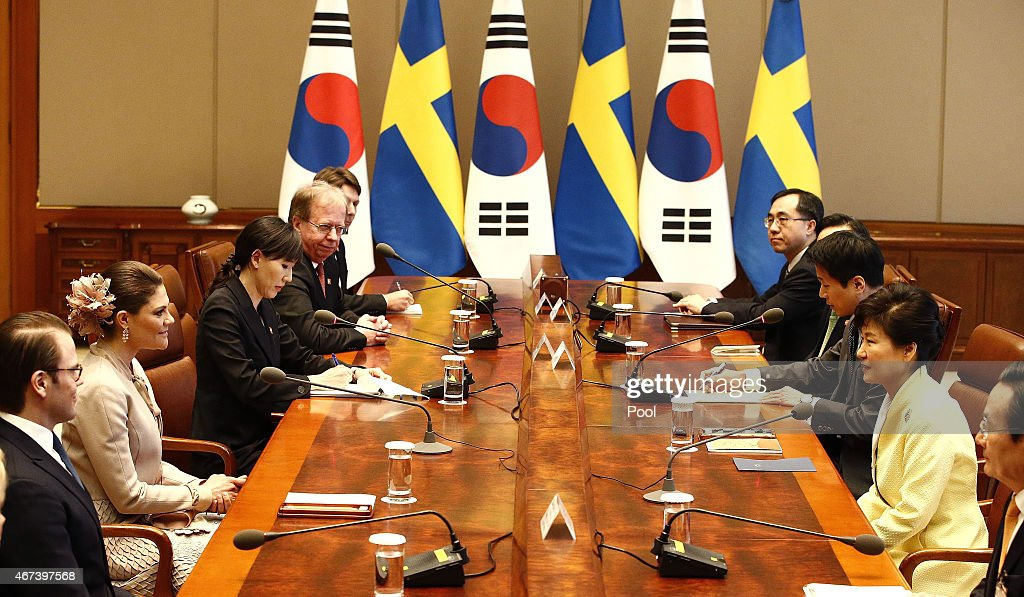 Crown Princess Victoria (L) of Sweden talks with South Korena president Park Geun-Hye (R) during their meeting at the presidential blue house on March 24, 2015 in Seoul, South Korea. H.R.H the Crown Princess of Sweden Victoria is visiting South Korea from March 23 to 24.