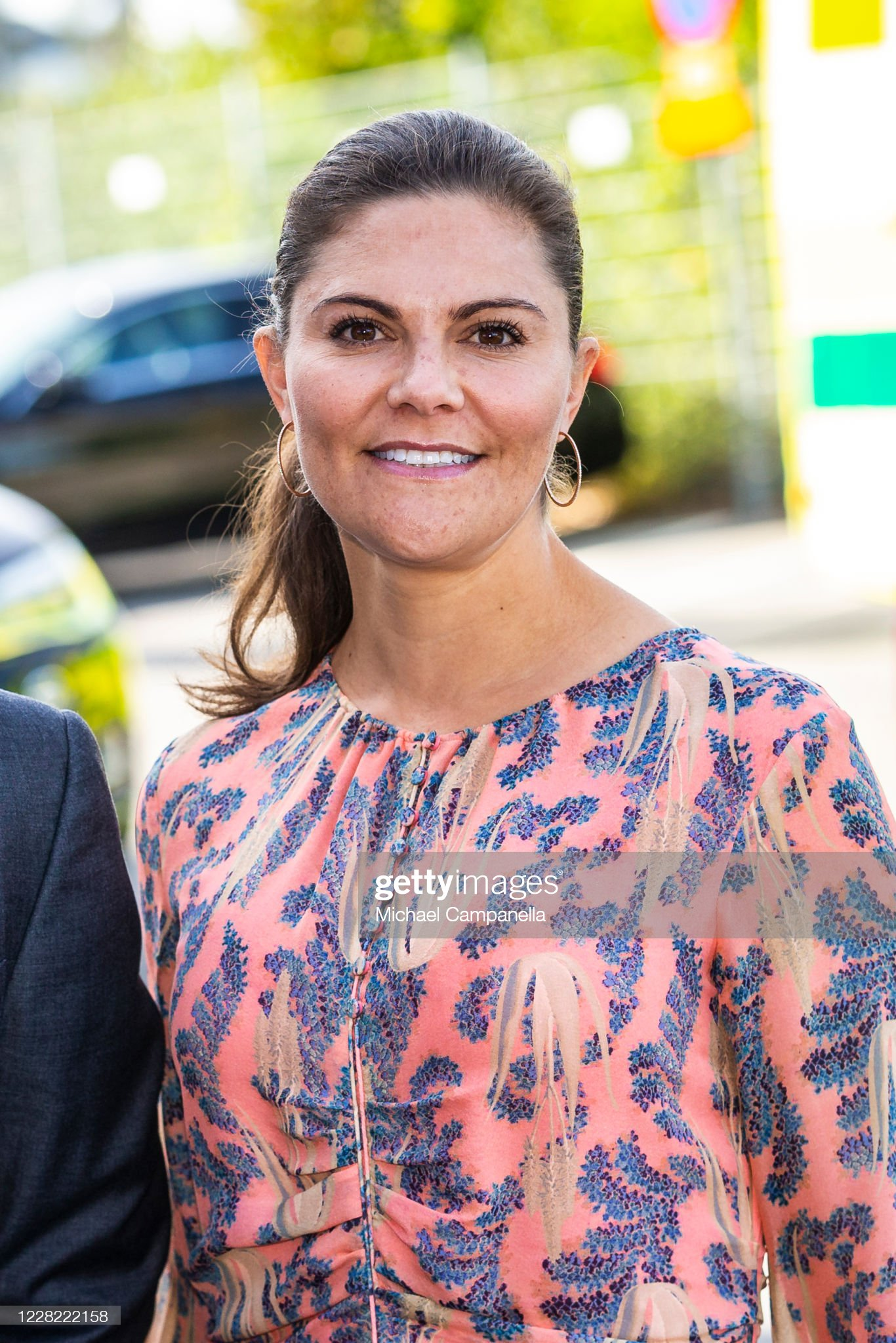 crown-princess-victoria-of-sweden-visits-an-ambulance-station-in-the-picture-id1228222158