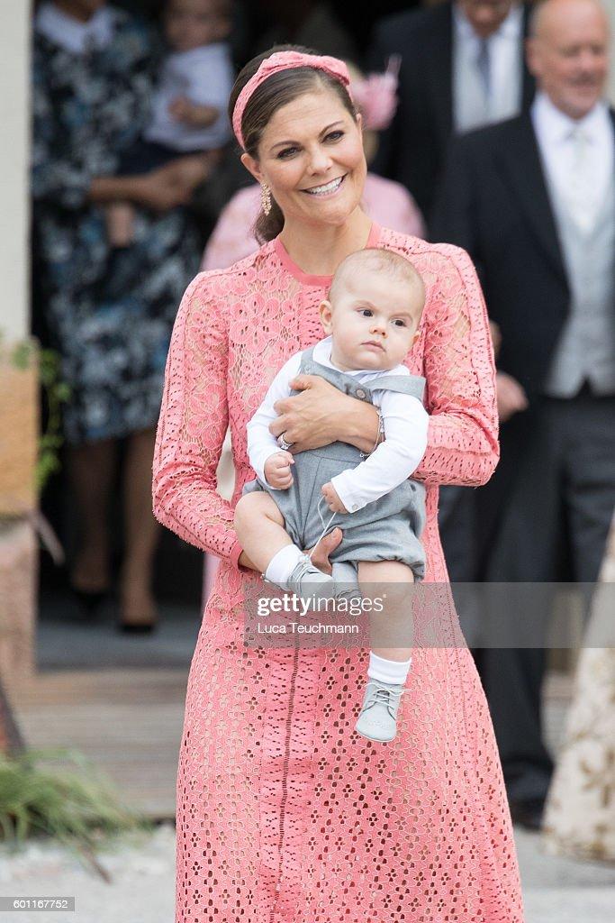 Christening of Prince Alexander of Sweden : Fotografía de noticias