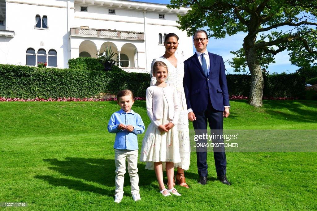 SWEDEN-ROYALS-BIRTHDAY : News Photo
