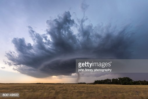 Crown shaped supercell thunderstorm.