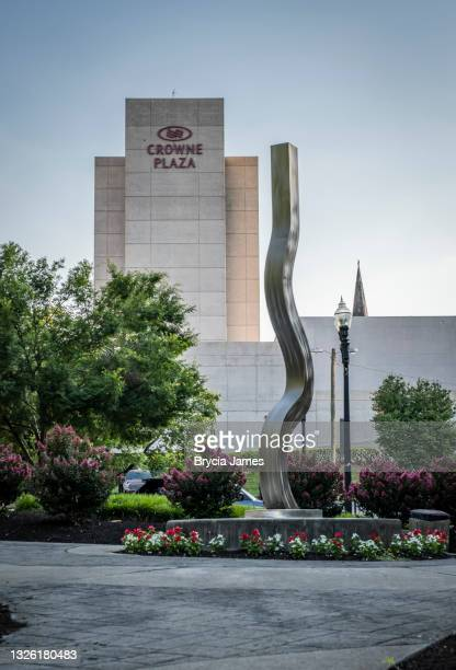 crowne plaza in knoxville - brycia james stock pictures, royalty-free photos & images
