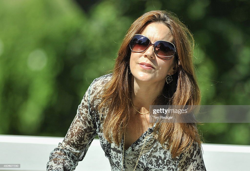 Crownprincess Mary attends the annual summer photo call for the Royal Danish family at Grasten Castle on July 24, 2014 in Grasten, Denmark.