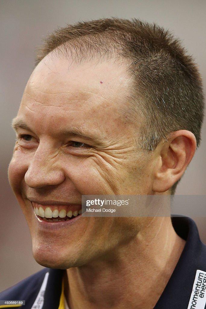 AFL Rd 10 - Carlton v Adelaide