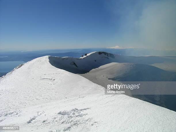 cráter volcán villarrica - villarrica stock photos and pictures