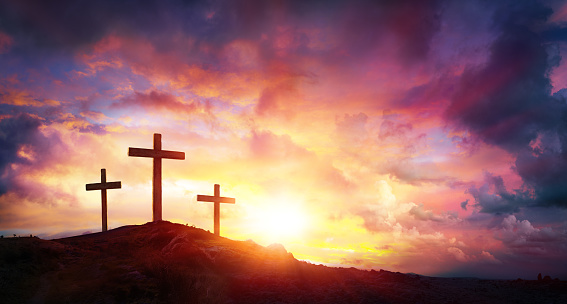 Crucifixion Of Jesus Christ  At Sunrise - Three Crosses On Hill 925050874