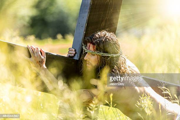 crucifixion of jesus with divine light - lent stock pictures, royalty-free photos & images