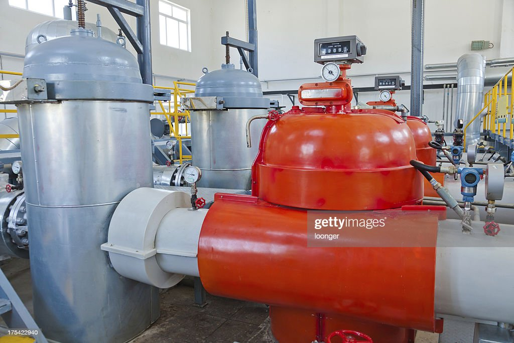 crude oil storage workshop : Stock Photo