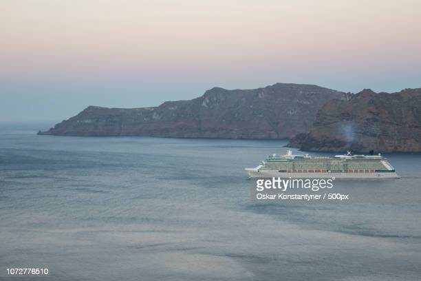 cruise - oskar stock pictures, royalty-free photos & images