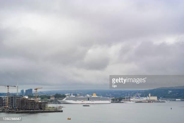 """cruiseschip ms arcadia van p&o cruises afgemeerd in de stad oslo - """"sjoerd van der wal"""" or """"sjo""""nature stockfoto's en -beelden"""