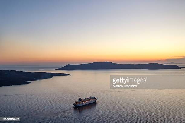 cruise ship at sunset - mediterranean sea stock pictures, royalty-free photos & images