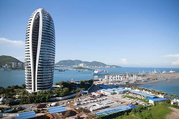 cruise ship coming in to sanya, hainan island, china - hainan island stock pictures, royalty-free photos & images