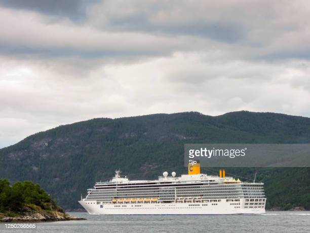 "cruise ship costa luminosa in the aurlandsfjord in norway during a beautiful summer day - ""sjoerd van der wal"" or ""sjo"" stock pictures, royalty-free photos & images"