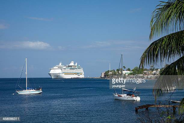 crucero reproducido en dominica - dominica fotografías e imágenes de stock