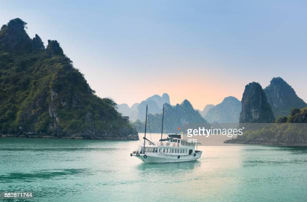 Cruise Ship, Ha long Bay, Vietnam