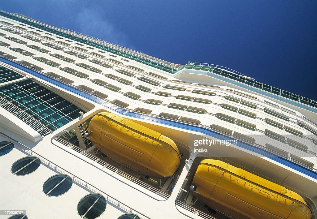Cruise Ship : Stock Photo