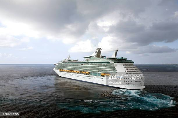 Cruise ship steaming off the shore of Grand Cayman Island Royal Caribbean cruise liner Mariner of the Sea turning to return to sea