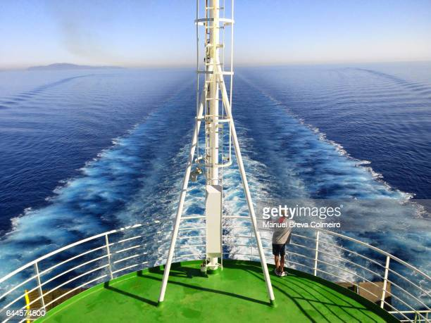 cruiser wake - boat deck stock pictures, royalty-free photos & images
