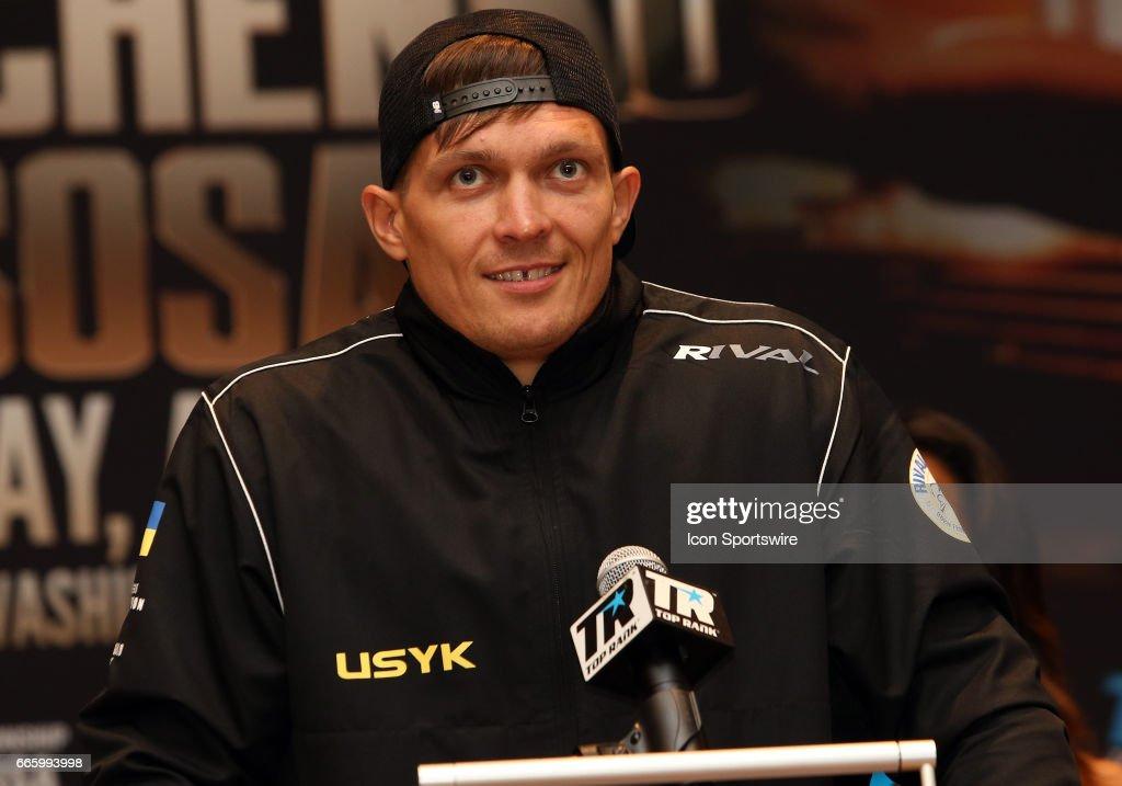 BOXING: APR 06 Top Rank Championship Boxing Press Conference - Sosa v. Lomachenko : News Photo