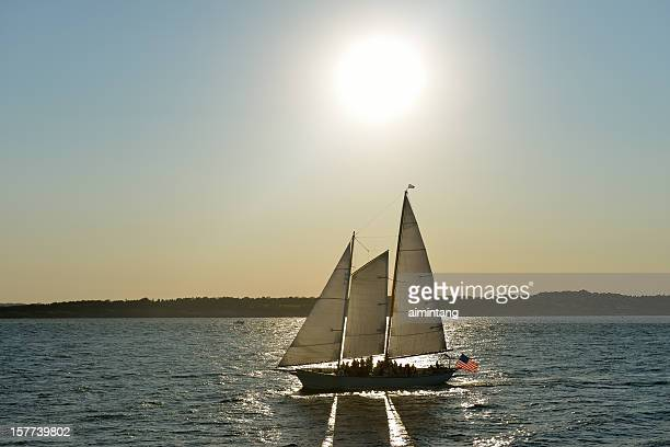 cruising in newport - newport rhode island stock pictures, royalty-free photos & images