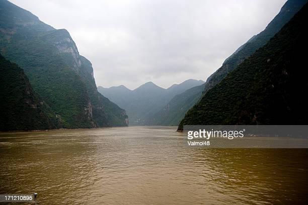 Cruising the River Yangtze 3