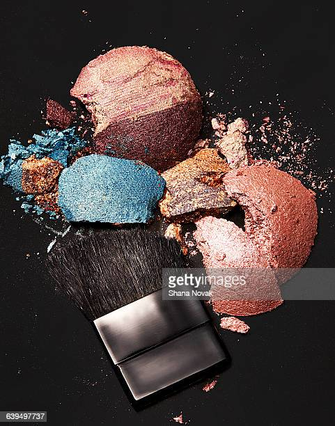 Crushed Shadow and Blush Pallets With Brush