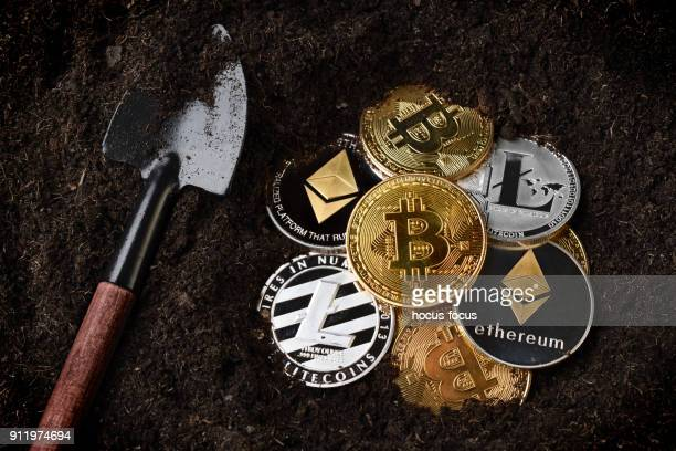 crypto currency mining - cryptocurrency mining stock pictures, royalty-free photos & images