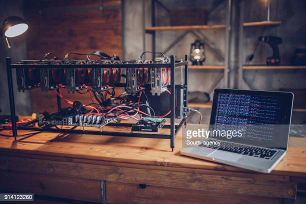 cryptocurrency mining rig - cryptocurrency mining stock pictures, royalty-free photos & images