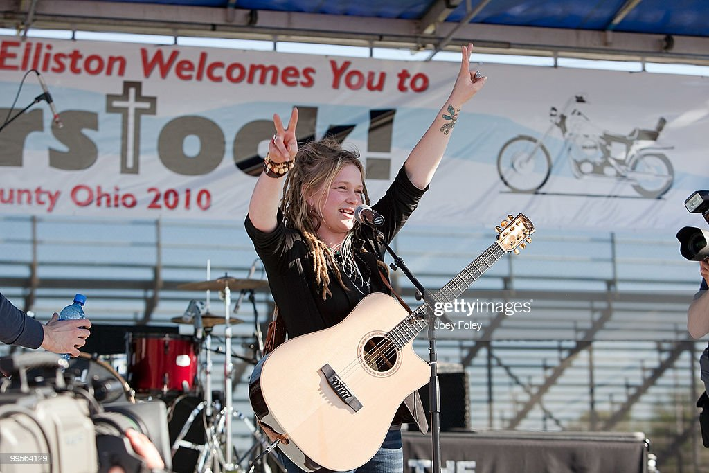 Crystal Bowersox turns up peace signs during her 'American Idol' homecoming parade and performance at the Ottawa County Fairgrounds on May 14, 2010 in Oak Harbor, Ohio.