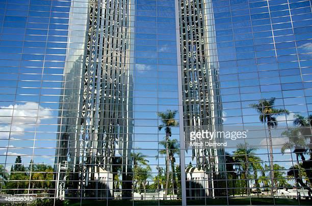 crystal cathedral church - crystal cathedral fotografías e imágenes de stock