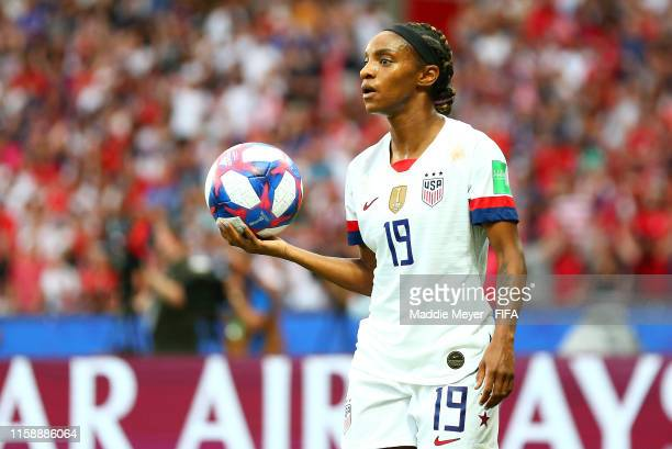 Crystal Dunn of the USA prepares to take a throw in during the 2019 FIFA Women's World Cup France Quarter Final match between France and USA at Parc...