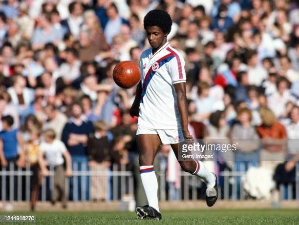 Crystal Palace player Vince Hilaire in action wearing the clubs iconic Admiral home kit whilst juggling an Orange leather ball during a League...