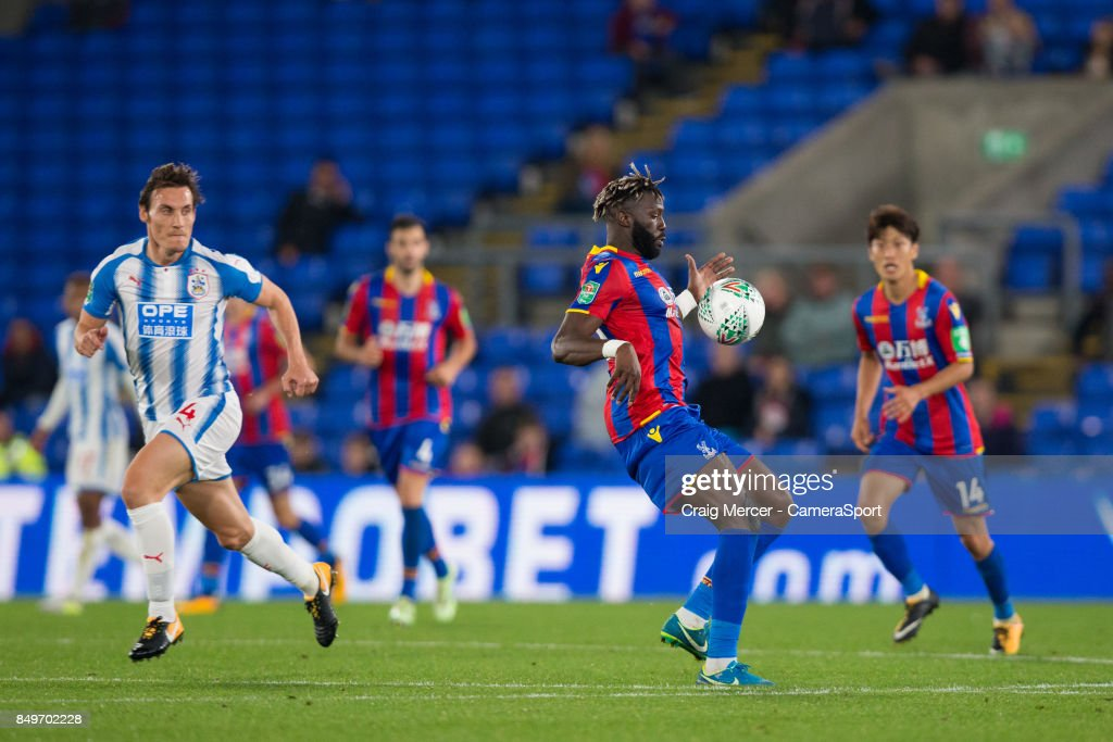 Crystal Palace's Bakary Sako in action during the Carabao Cup Third Round match between Crystal Palace and Huddersfield Town at Selhurst Park on September 19, 2017 in London, England.