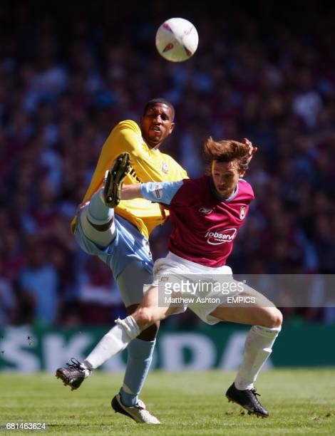 Crystal Palace's Darren Powell and West Ham United's David Connolly