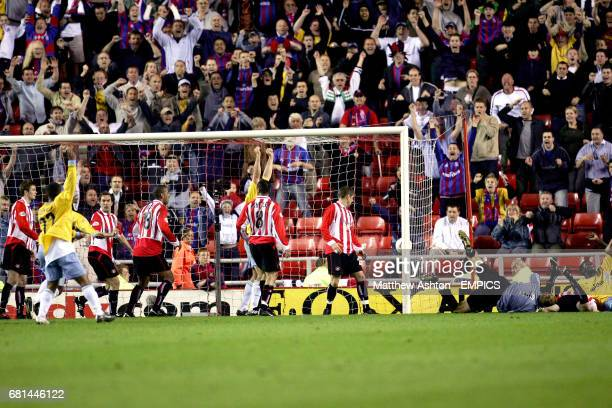 Crystal Palace's Darren Powell celebrates scoring in the last minute to take the game into extra-time