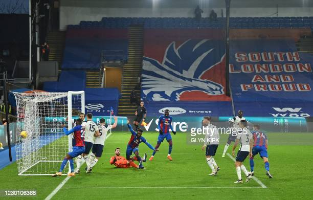 Crystal Palace's German midfielder Jeffrey Schlupp reacts to scoring the equalising goal during the English Premier League football match between...