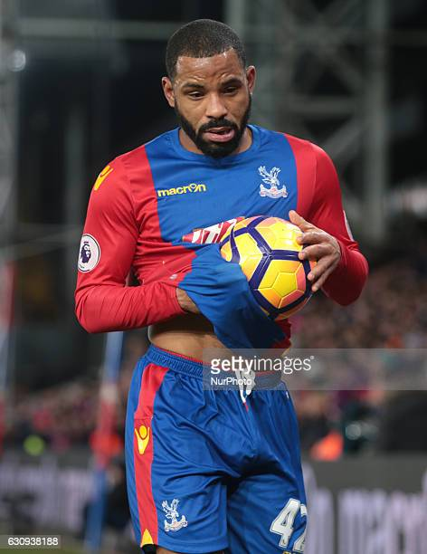 Crystal Palace's Jason Puncheon during the Premier League match between Crystal Palace and Swansea City at Selhurst Park London England on 3 Jan 2017