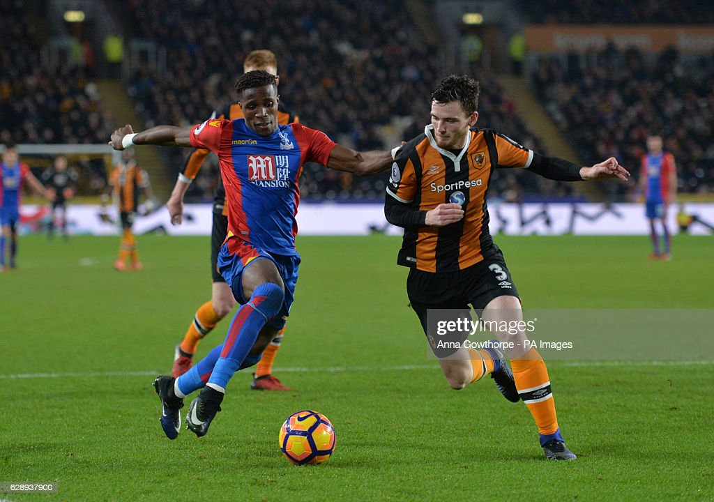 Hull City v Crystal Palace - Premier League - KCOM Stadium : News Photo