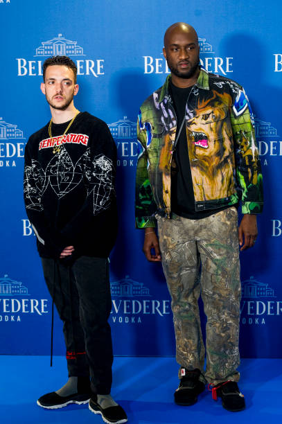 ¿Cuánto mide C Tangana? - Altura real: 1,71 - Real height Ctangana-and-virgil-abloh-attend-belvedere-vodka-party-at-capitol-on-picture-id957092524?k=6&m=957092524&s=612x612&w=0&h=OIMc6AETTFyCN0JittpyNzl6hl2G8qTYXWSdbkYXpzg=