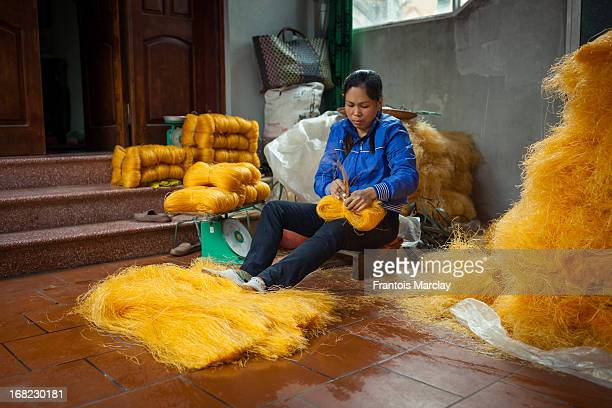CONTENT] Cu Da is know as the vermicelli village s it is home to traditional white and yellow rice vermicelli noodles called mien in Vietnamese...