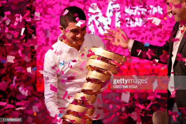 TOPSHOT cuadorean cyclist Richard Carapaz the country's first cyclist to win the Giro d'Italia attends a press conference in Ekopark upon arrival in...