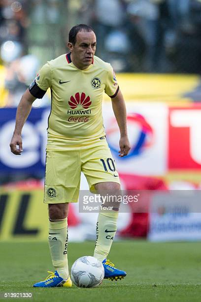 Cuauhtemoc Blanco of America controls the ball during the 9th round match between America and Morelia as part of the Clausura 2016 Liga MX at Azteca...