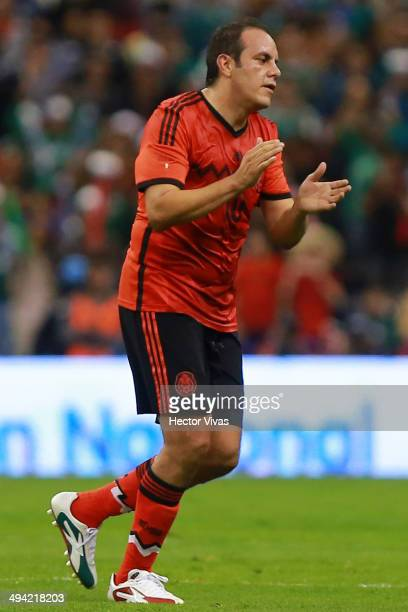Cuauhtemoc Blanco of Mexico leaves the field and receives a tribute for his career during a FIFA friendly match between Mexico and Israel ahead the...