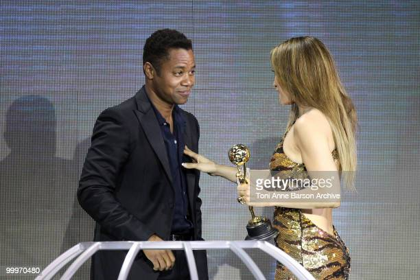 Cuba Gooding Jr and Jennifer Lopez speak on stage during the World Music Awards 2010 at the Sporting Club on May 18 2010 in Monte Carlo Monaco