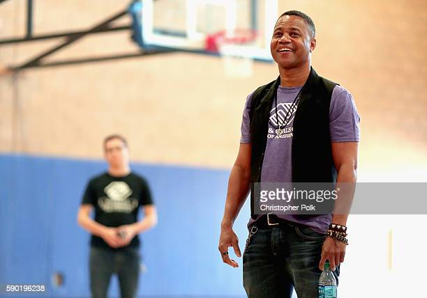 Cuba Gooding Jr talks to Boys Girls Clubs of Metro Los Angeles/Watts Willowbrook site members about the Maytag Dependable Leader Awards on August 16...