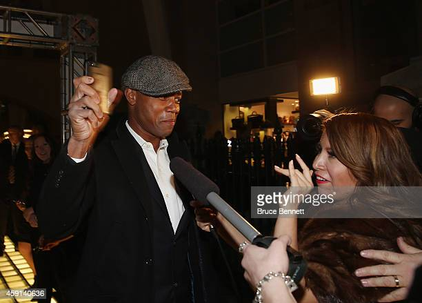 Cuba Gooding Jr walks the red carpet prior to the induction ceremony at the Hockey Hall of Fame on November 17 2014 in Toronto Canada
