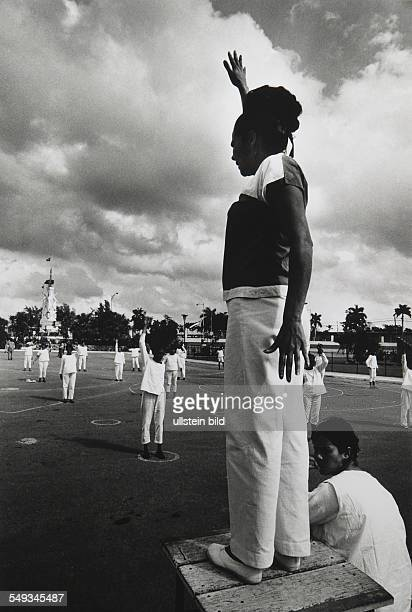 Cuba Havanna psychiatry psychiatric hospital gymnastic exercise