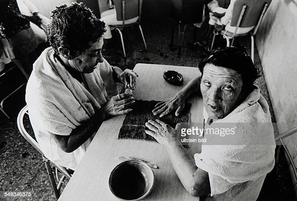Cuba Havanna psychiatry psychiatric hospital patients women painting their nails as therapy