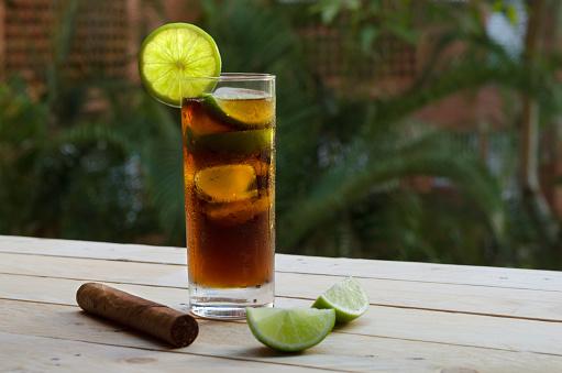 Cuba Libre and Fine Cuban Cigar - gettyimageskorea