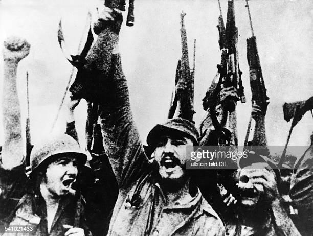 Cuba Revolution Fidel Castro * Politician Cuba Castro as leader of the revolutionary liberation struggle against the Batista regime in a winner pose...